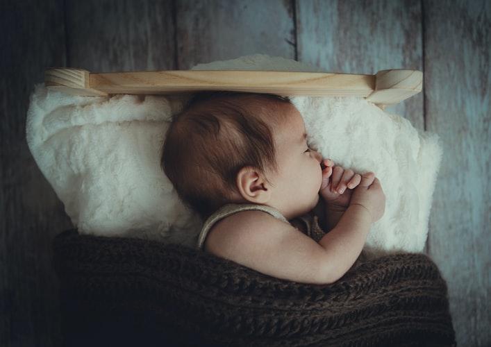 Bayi Tabung Menurut Syariat Islam, Bagaimana Hukumnya ?